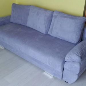 kanapa niebieska